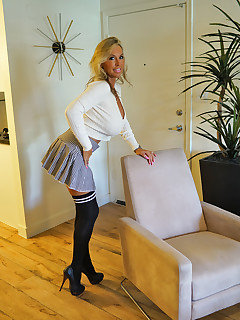 Hotwife Nylon Pics