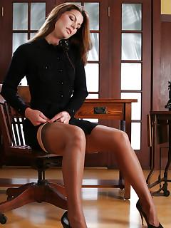 Erotic Nylon Pics